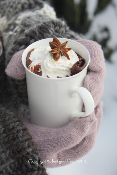 foodfuckery:  Hot chocolate with cinnamon, for cold winter days ..(recipe on Croatian with translator) Recipe
