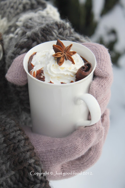 Hot chocolate with cinnamon, for cold winter days ..(recipe on Croatian with translator) Recipe
