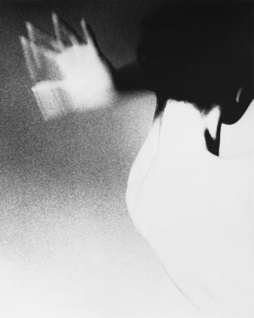 Barbara Mullen, New York. Harper's Bazaar, circa 1950 Farewell Lillian Bassman [June 15, 1917 - February 13, 2012] You will be missed. [more of her work here]