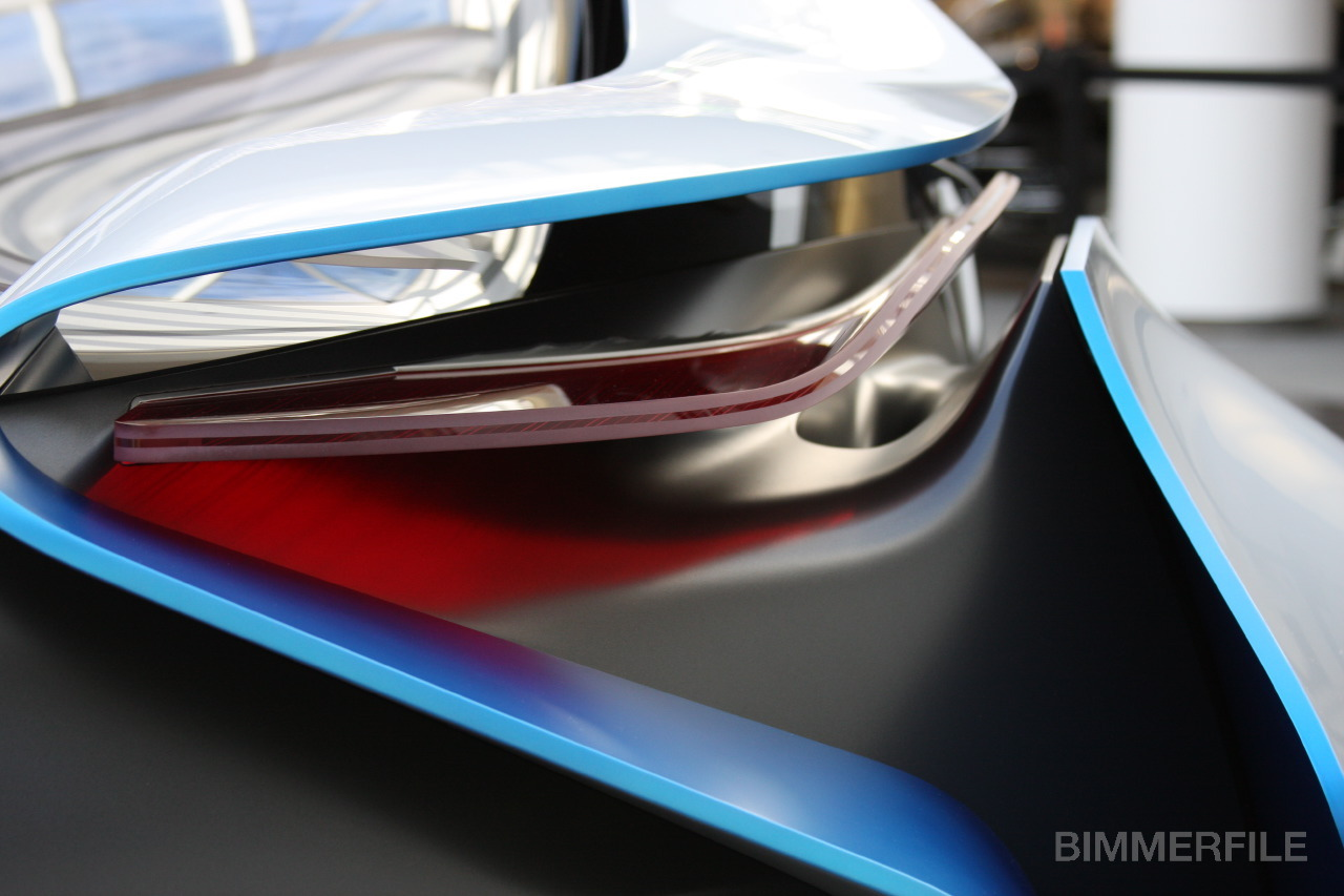jemangeunepomme:  More Detailed View on the BMW Vision Efficient Dynamics Concept