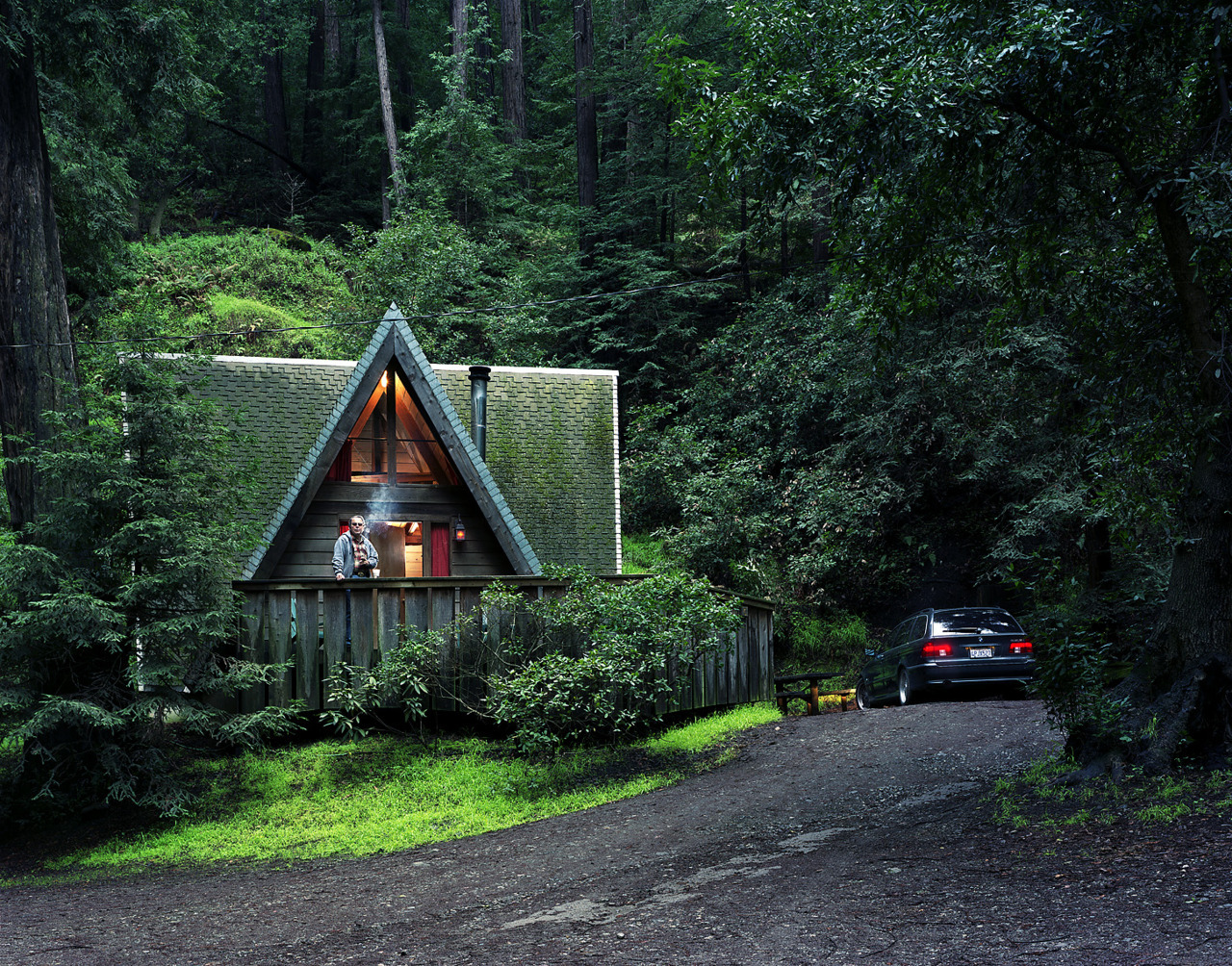cabinporn:  A-frame in Big Sur, CA.  Photo by Tom Fowlks.