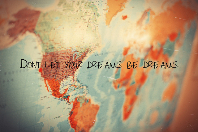 staree:  don't let your dreams be dreams by Bazzerio on Flickr.