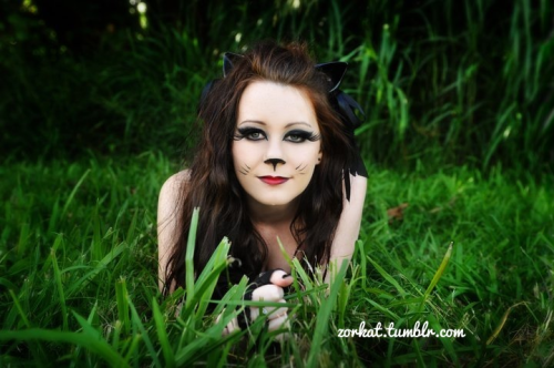 zorkat:  bored, so here's a pic from the kitty themed photoshoot i did back in march 2011 :)photographed by Milly Jane