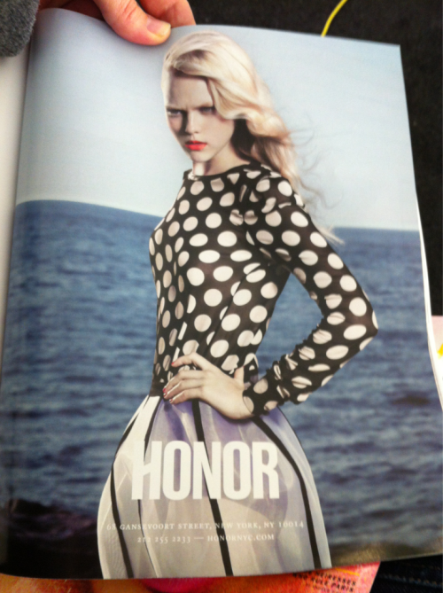Honor ad in T