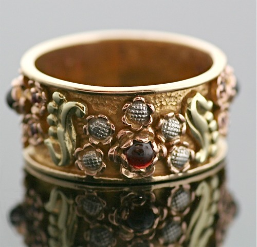 somewhereintimefinejewelry:  Arts and Crafts Era Antique Band