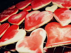 Happy Valentine's Day, here's some cookies that my mommy made <3