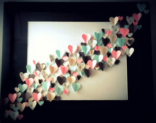 DIY Heart Art HAPPY VALENTINE'S DAY