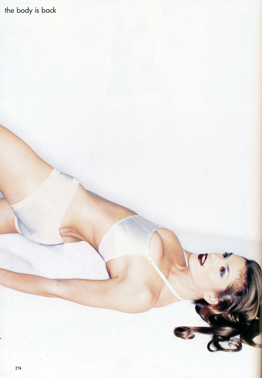 "80s-90s-supermodels:  ""The Body Is Back"", Vogue US, December 1994Photographer : Nick KnightModel : Cindy CrawfordMakeup : Linda Cantello for AtlantisHair : Julien d'Is for Atlantis"