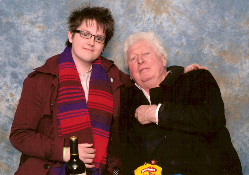 This is me. With Tom Baker. FUCK YEAH!!!!! :D