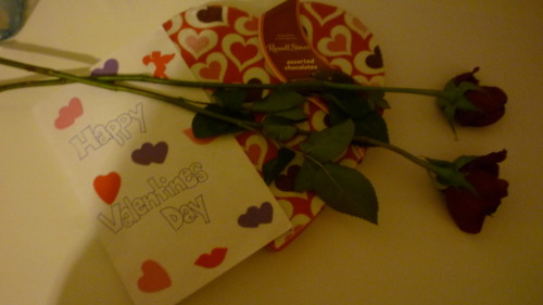 asianmaya:  my little came into work to deliver me roses, chocolate, and a card!? and then i came home to homemade red velvet cupcakes that my roommate and her friend made/left for us.? how could anyone hate this holiday?? but this is why i have the greatest friends and little i could ever ask for??
