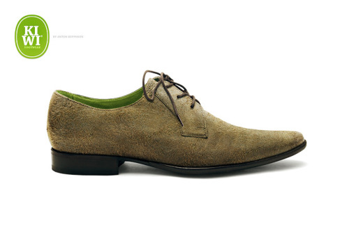 A pair of shoes inspired by the greenest fruit on earth: KIWI by Anton Repponen