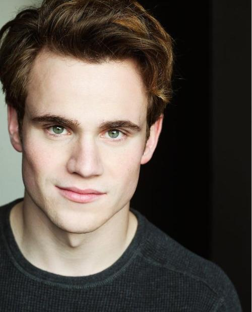 Godric, you look fine as hell!