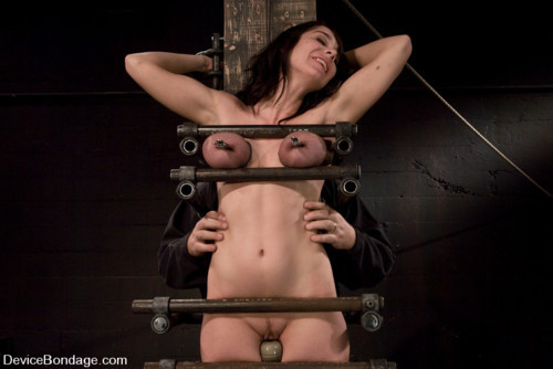 i-need-bdsm-like-that:  BDSM post