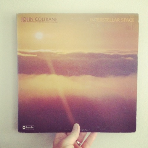 vinylfever:  John Coltrane - Interstellar Space I'm pretty much a fan of all things Coltrane, especially from 1965 and forward. This album, Interstellar Space, is a duet album with the powerhouse that was drummer Rashied Ali. Recorded just five months before his death in 1967, this album was not released until 1974. It's a real fire-spitter of a jazz record. His last masterpiece… Get it! This is an original US pressing from 1974 out on Impulse Records. John Coltrane – Interstellar Space