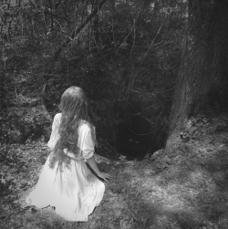 alice goes to wonderland follow for follow finallyfernanda.tumblr.com <3
