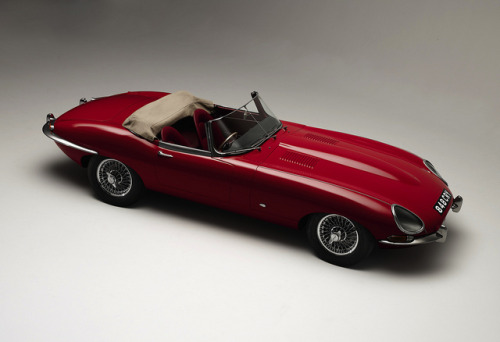 Jaguar E-Type Roadster by Auto Clasico on Flickr.