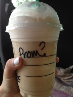 on-my-toes-for-you:  The ultimate prom ask