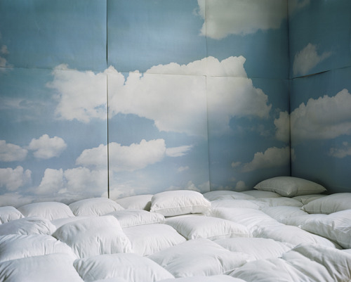 ruineshumaines:  Sarah Hobbs, Escapism, 2009. On Tumblr.
