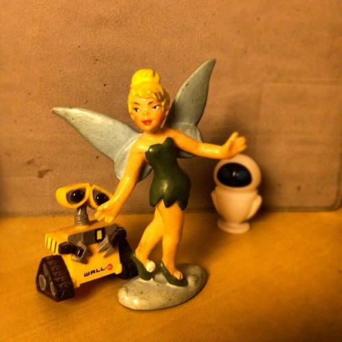 Wall-E, Tinkerbell and Eve  #instagram #igierspescara #iphoneography #igiers #iphone #ig #iphonephotography #pescara #instagood #photooftheday #picoftheday #instadaily #bestofthedy #iphonesia #iphoneonly #instamood #popularpage #ipopyoui (Taken with instagram)