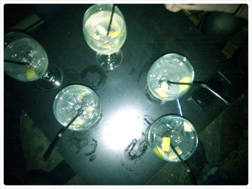 marina2502:  Gintime #barMUT (Taken with picplz.)