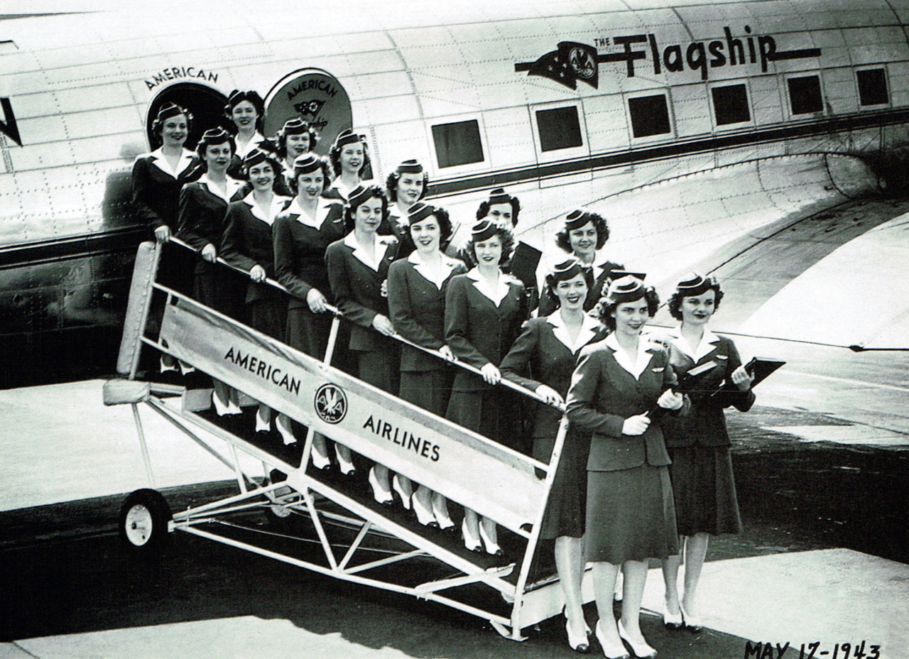 American Airlines graduates from flight attendant school, 1943