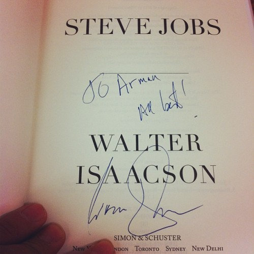 armansu:  Copy of 'Steve Jobs' signed by the author #stevejobs #signature #walterisaacson (Taken with instagram)