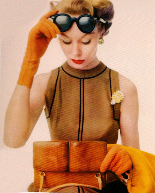 theyroaredvintage:  Photo by Irving Penn, 1951.