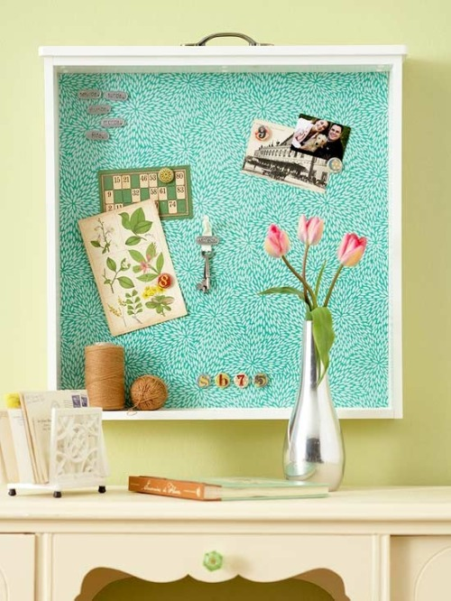 papillon0727:  DIY bulletin board from a drawer