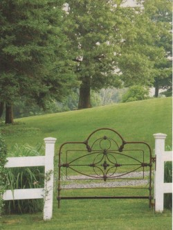 using a bed frame as a gate! very cool idea
