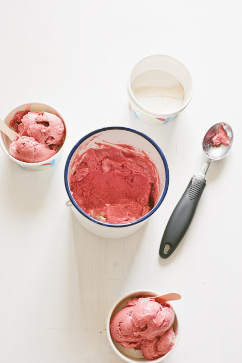 Raspberry Vegan Ice Cream by Souvlaki For The Soul