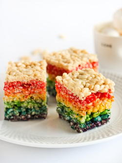 Rainbow Rice Krispies Treats by Raspberri Cupcakes check out the recipe here!