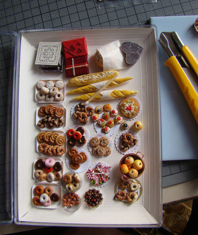 chinitabubu:  Miniature food - tout plein de choses by PetitPlat - Stephanie Kilgast on Flickr.
