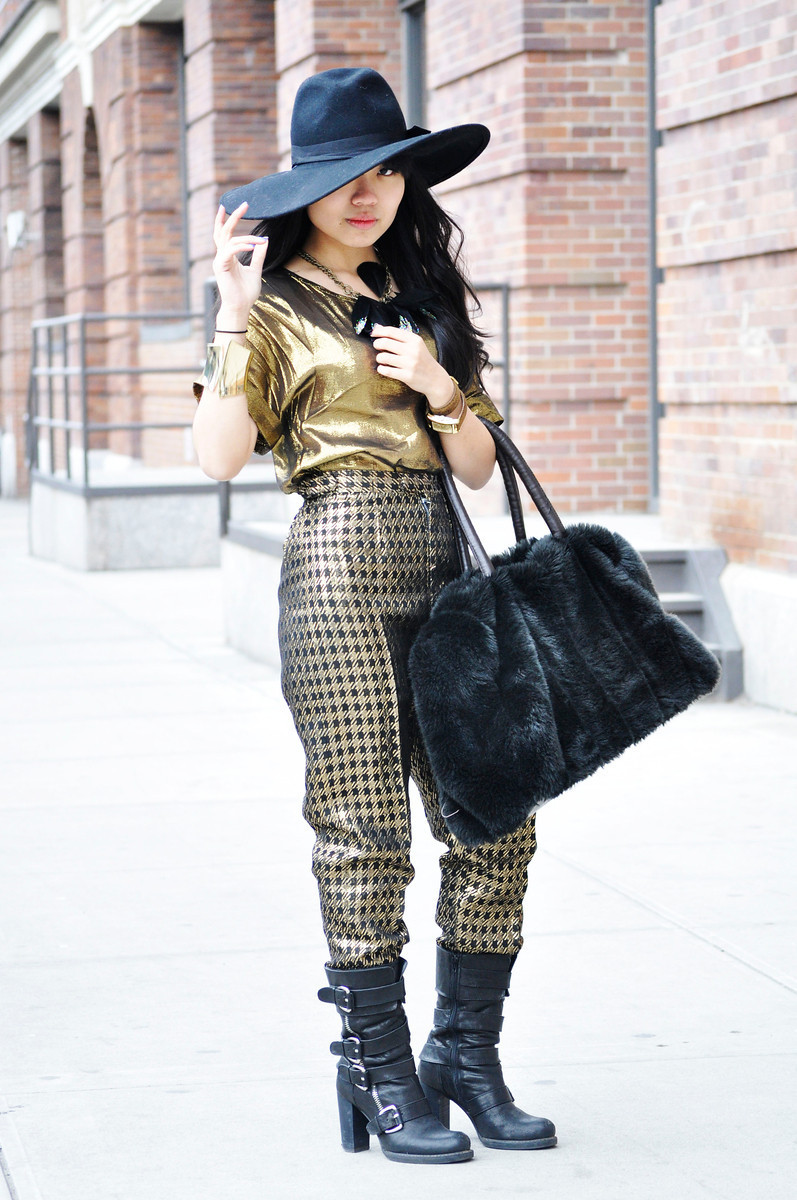 #NYFW DAY 4    Nicole - Milk Studios, NYC    Gold Goddess // Ellen's Houndstooth Gold Pants