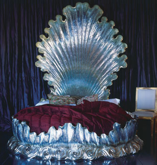 saltthought:  Where can I buy a bed like this for realia u kno inbox me