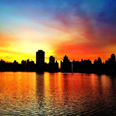 Filtered sunrise. #filters #snapseed #cameraplus #nyc #reservoir #centralpark #sky #sunrise #morning (Taken with Instagram at The Central Park Reservoir)