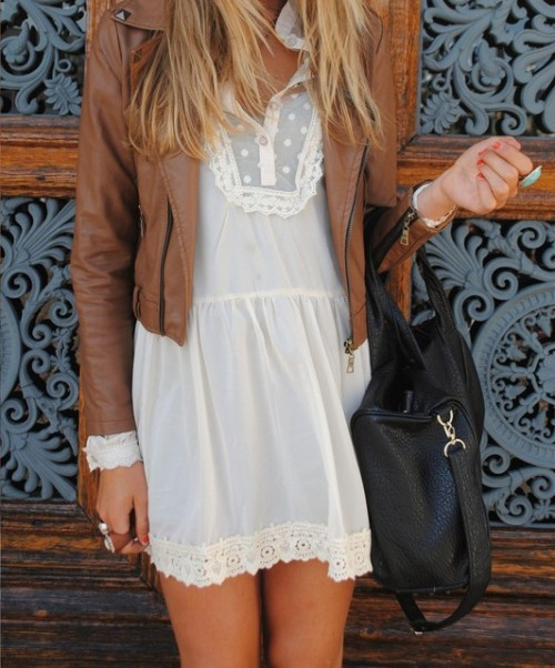 preciousdailyoutfits:  Leather and lace