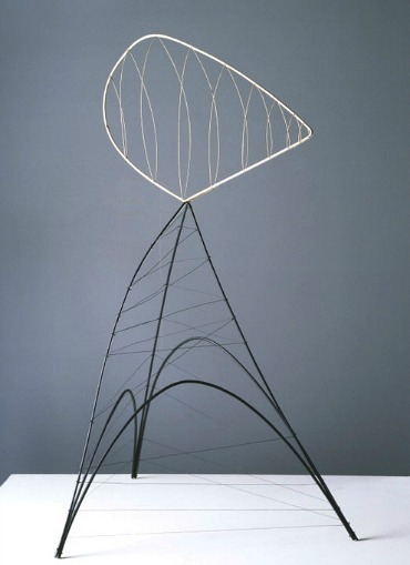 whitehotel:  Alexander Calder, Hollow egg (1939)