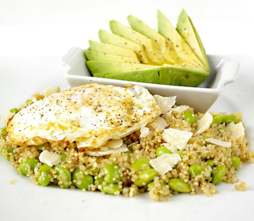 girlgrowingsmall:  prettybalanced:  Egg Topped Quinoa and Edamame Salad with Avocado  I need to make this…..  made this for breakfast today.  it was as delicious as it looks! (click through for recipe!)