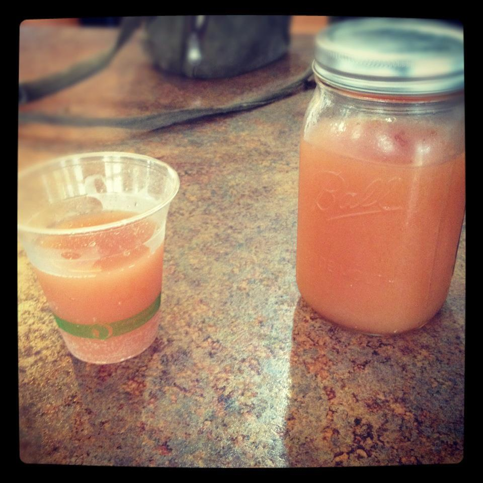 Guava Goodness at Maui Kombucha, a lovely raw bar in Haiku… yummers.