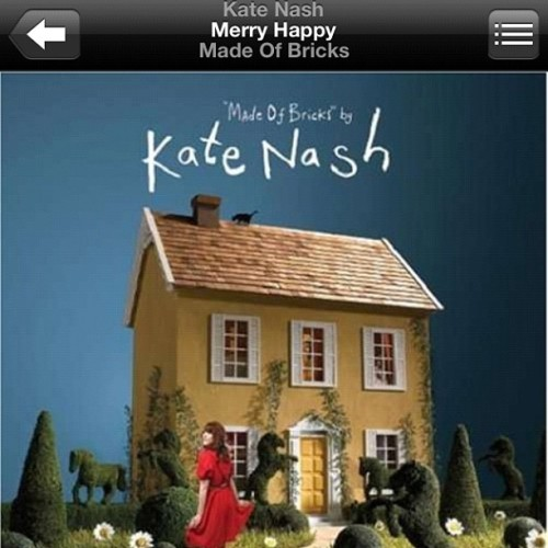 Good music for a rainy weather #katenash #nowlistening 🎧 (Taken with instagram)