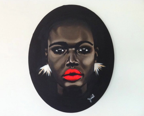IZA Acrylic on oval canvas. 40 x 50