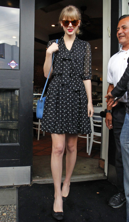 Taylor Swift's heart print dress