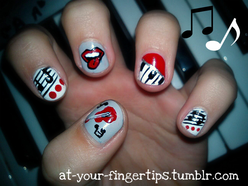 at-your-fingertips:  Music nails as requested.. sorry it took so long been busy <3