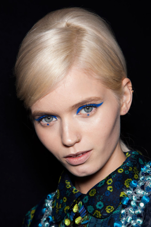 Backstage | Anna Sui FW12   ugh I love this makeuphgughruebndsgnd