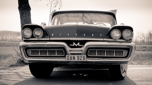 Mercury Monterey by SuperCarFreak on Flickr.