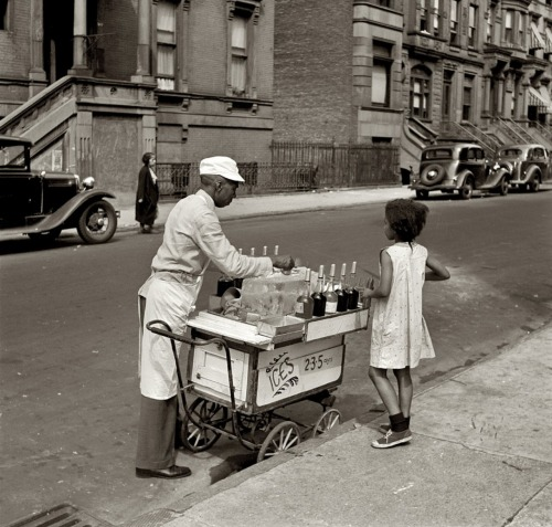 firsttimeuser:  Ices- 2, 3, 5 cents.. Jack Allison. New York. Summer 1938