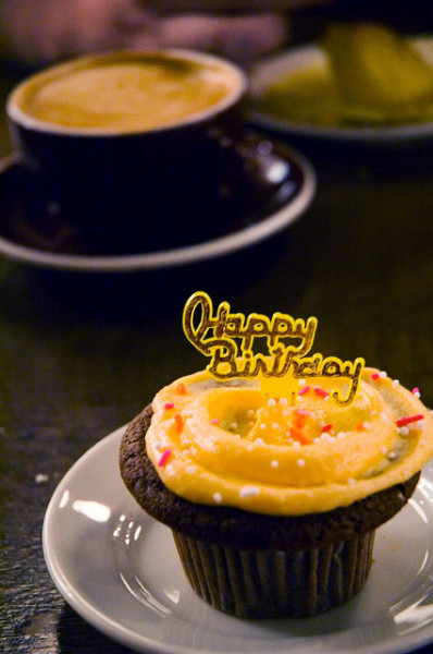 birthday cupcake by poopoorama on Flickr.