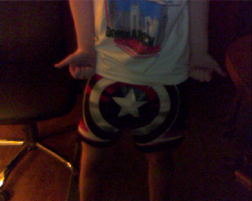 Fucking awesome Chicago T-shirt, Captain America boxers. Am I fierce yet? No?