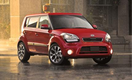 Tested: A new six-speed stick lends more sportiness to the 2012 Kia Soul 2.0.