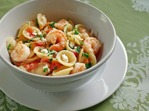 Greek shrimp and pasta salad.  Recipe here.